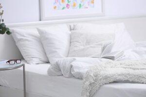 Bettwäsche aus Polyester und Viskose im Vergleich